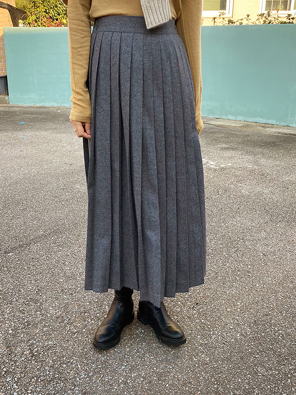 pleats wool skirt (khaki/gray/black)